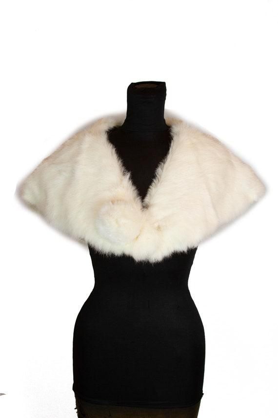 1950s Fur Shrug ~ White Rabbit Fur Shrug Stole