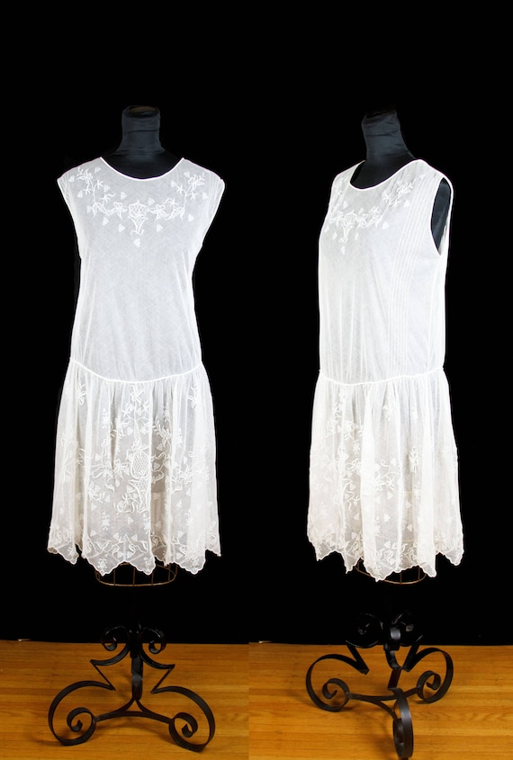Vintage 1920s Dress ~ Embroidered White Lace Net T