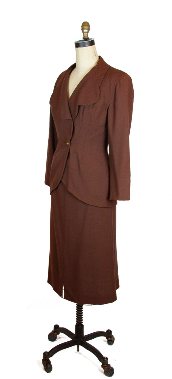 1940s Suit ~ Brown Wool Scallop Collar Tailored S… - image 5