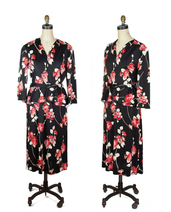 1940s Dress ~ Black Background Red Floral Jersey D