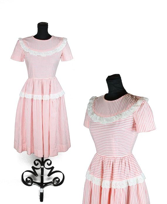 1940s Dress // Pink White Striped Eyelet Lace Ruff