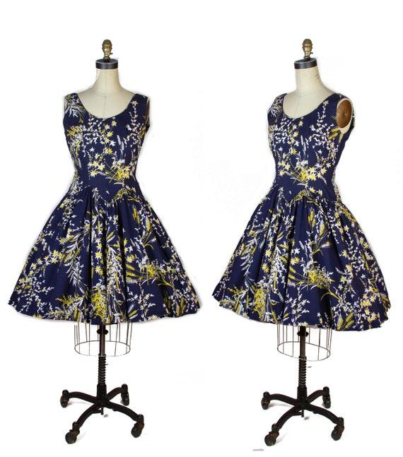 1950s Dress ~ Wheat Print Full Skirt Cotton Sleeve