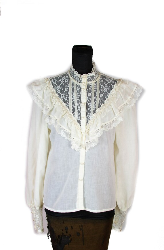 1970s Blouse ~ Gunne Sax Victorian Inspired White