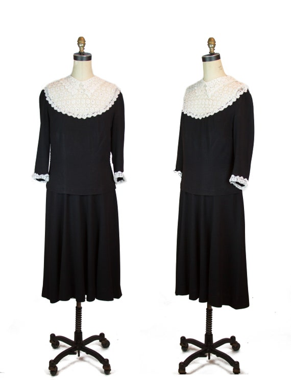 Vintage 1930s Dress ~ Lace Collar Black Rayon Dres