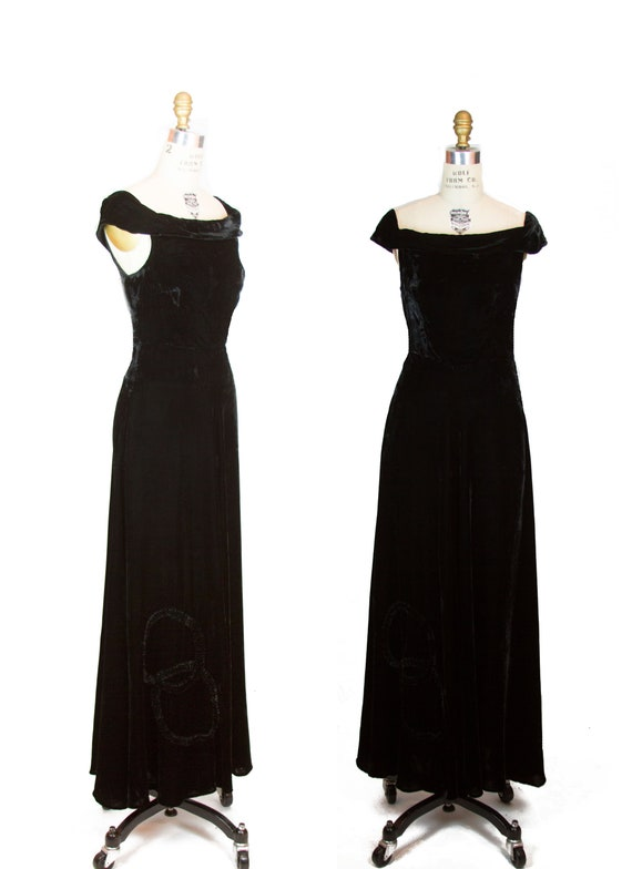 Vintage 1930s Dress ~ Black Velvet Evening Gown w… - image 1