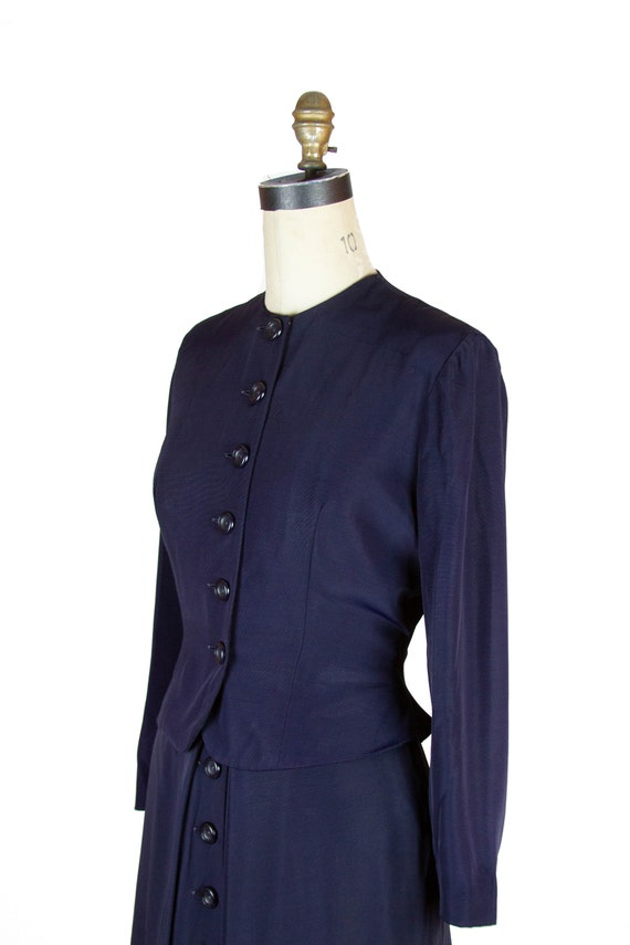 1940s Suit ~ Navy Faille Tailored Suit with Butto… - image 4