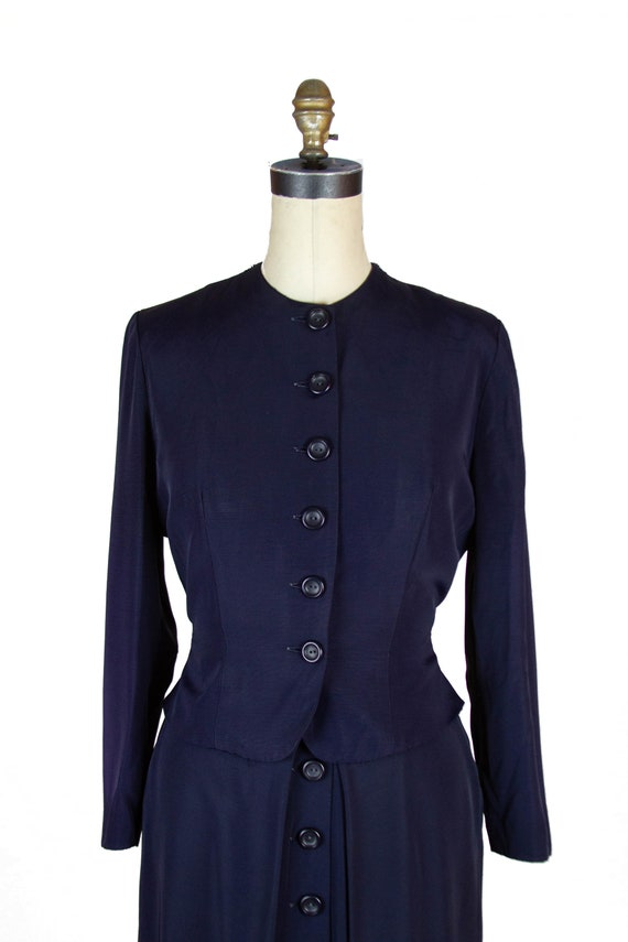 1940s Suit ~ Navy Faille Tailored Suit with Butto… - image 3