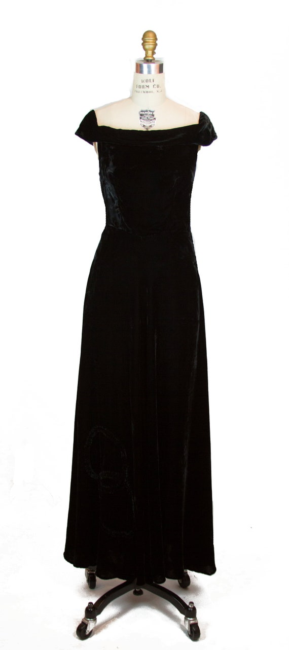 Vintage 1930s Dress ~ Black Velvet Evening Gown w… - image 4