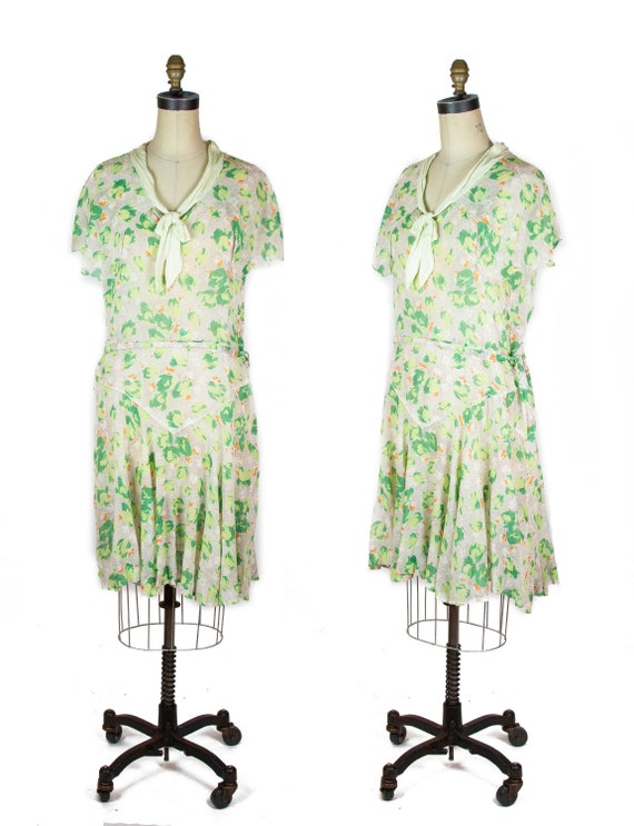 1920s Dress ~ Airy Cotton Green Tulip Floral Flapp