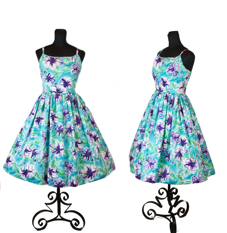 51f01b5d434 1950s Dress Purple Hibiscus Tropical Full Skirt Cotton