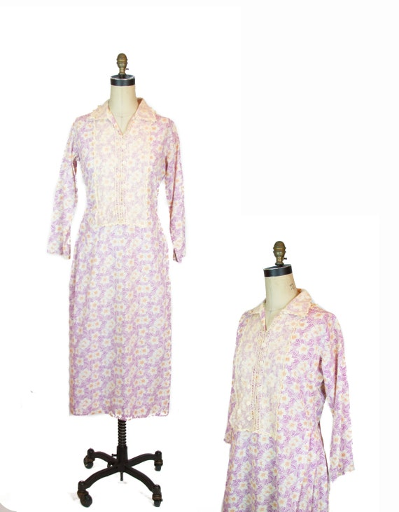 Vintage 1930's Dress ~ Lilac Feedsack Floral  Lace