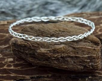 Silver Strand Bracelet Bangle