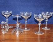 Lovely Set of 6 Vintage Star Flower Champagne Glasses Notched Stem Leaf Foot