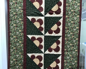 Thimbleberries Flower Wall Quilt or Table Topper