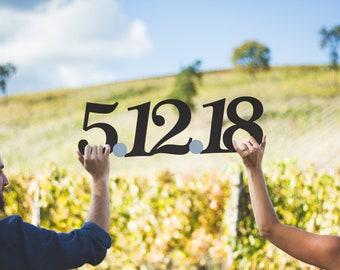 Rustic Save the Date Sign, Wedding Signs, Wedding Date Signs, Engagement Photo Prop, Engagement Party Decorations