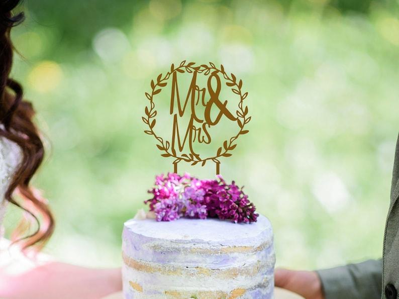 Mr and Mrs Wedding Cake Topper Wreath Cake Topper Wedding image 0