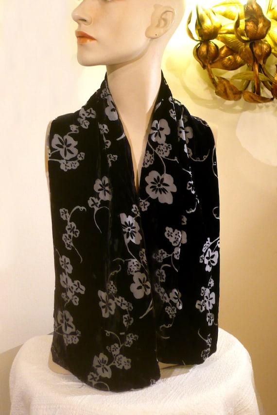 BLACK Burn-Out VELVET Vintage SCaRF FLOCkED Flowers SiLK Shawl   Etsy 8329abbf0af