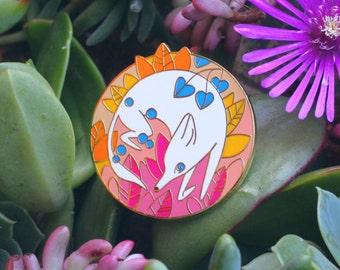 The White Fox ENAMEL LAPEL PIN
