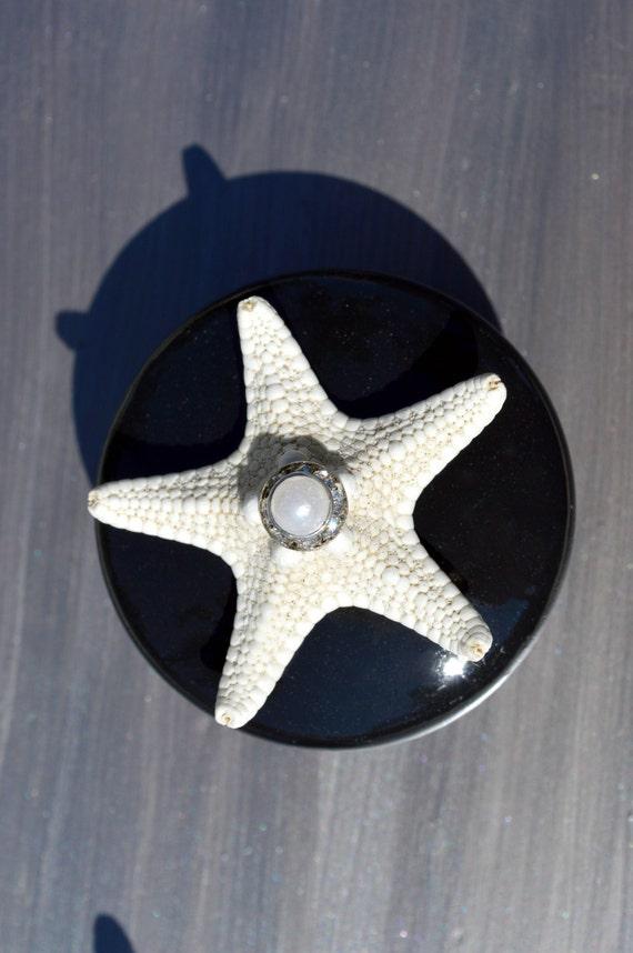 Black with Starfish Seashell Cabinet Knobs / Drawer Pulls with Swarovski Crystal and pearl rhinestone