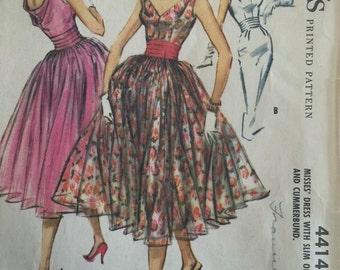 Vintage Sewing Pattern McCall's Pattern 4414 Bouffant Bombshell Cummerbund Dress ©1957