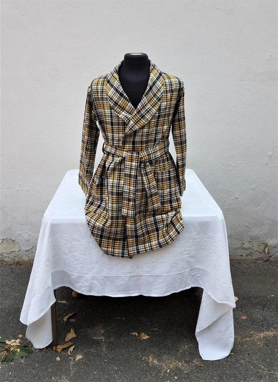 yellow and black plaid men's short robe vintage 60