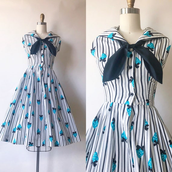 1950s Vintage Novelty Print Blue Strawberry Sailor