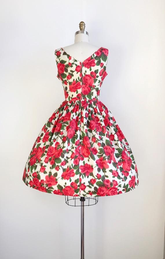 50s Vintage Red Rose Print Floral Print Day Dress… - image 5