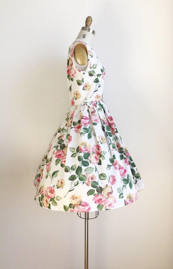 50s Vintage Rose Floral Print Cotton Dress - Medi… - image 4
