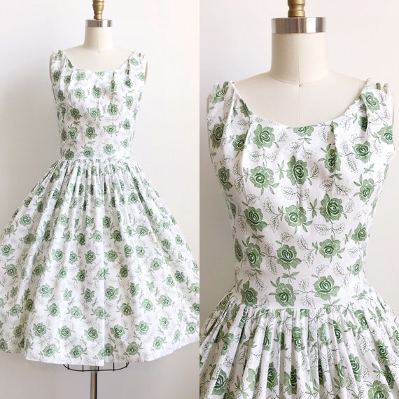 50s Green Rose Embroidered Print Day  Dress  - Sma