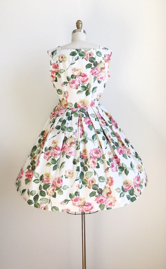 50s Vintage Rose Floral Print Cotton Dress - Medi… - image 5