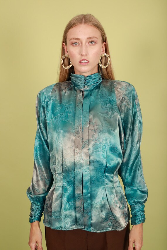 80s Aquamarine Blue Abstract Print Blouse Vintage… - image 9