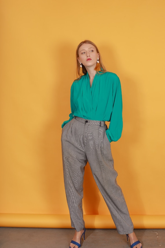 80s Grey Plaid Belted Trousers Vintage Black Slou… - image 4