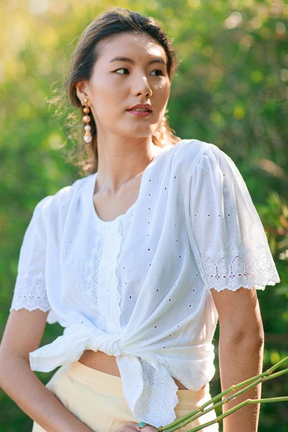 70s White Eyelet Cotton Spring Blouse Vintage Wov… - image 8