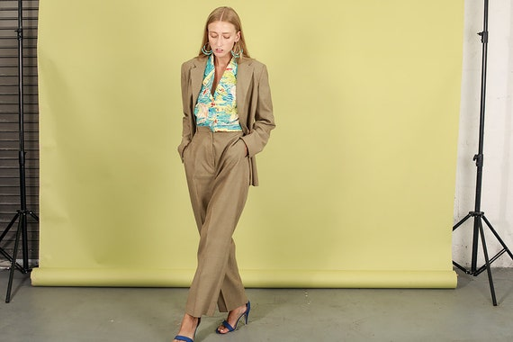 80s Light Tan Textured Matching Suit Vintage Rela… - image 3