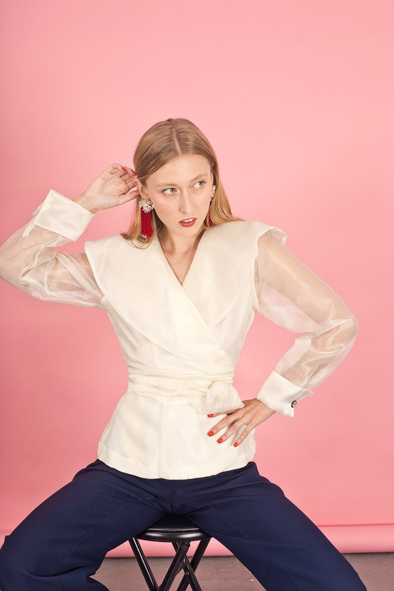 80s Off White Shimmery Statement Collar Top Vinta… - image 2