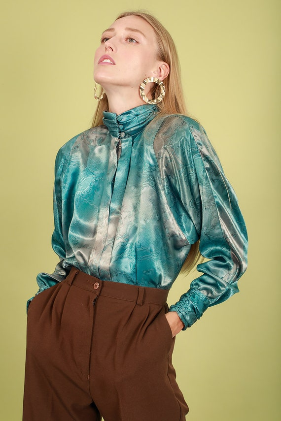 80s Aquamarine Blue Abstract Print Blouse Vintage… - image 4