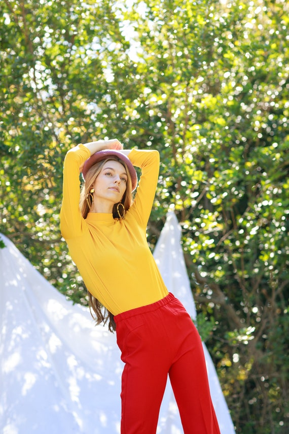 60s Apple Red High Waisted Trousers Vintage Knit … - image 8