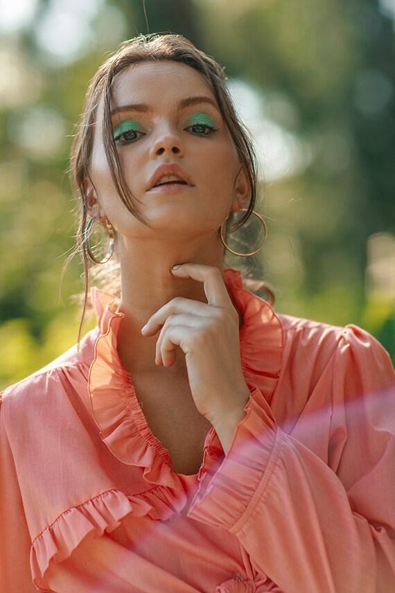 70s Peach Ruffle Collar Blouse Vintage Coral Cott… - image 3