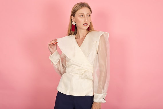 80s Off White Shimmery Statement Collar Top Vinta… - image 6