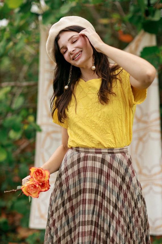80s Bright Yellow Eyelet Cotton Blouse Vintage Sh… - image 7