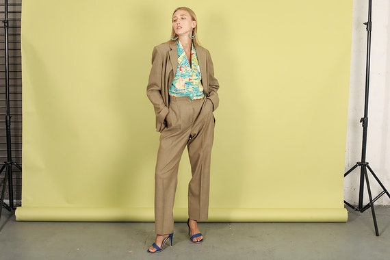 80s Light Tan Textured Matching Suit Vintage Rela… - image 8
