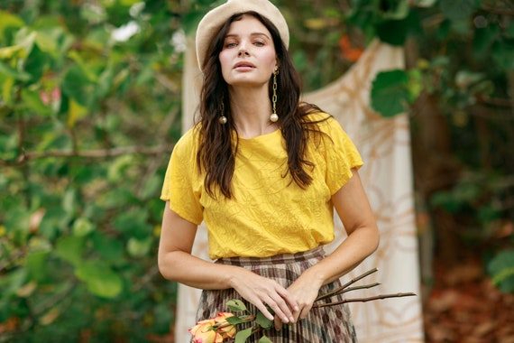 80s Bright Yellow Eyelet Cotton Blouse Vintage Sh… - image 8