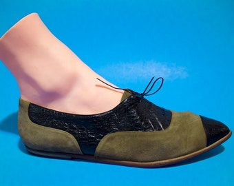 Vintage 70s Womens Pointed Toe Oxfords Size 9 Leather Tie Two Tone Snake Skin Suede