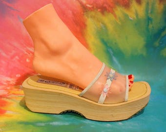 Vintage 90s Deadstock Womens Platform Plastic Flower Sandal Size 10