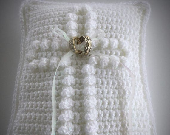 Crochet Wedding Ring Pillow Pattern - Wedding Ring Bearer Pillow  Pattern