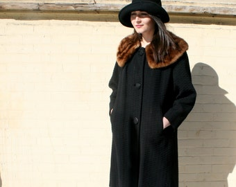 Vintage Black Wool coat with luxurious Brown Mink Collar 1960s Gorgeous A line swing coat
