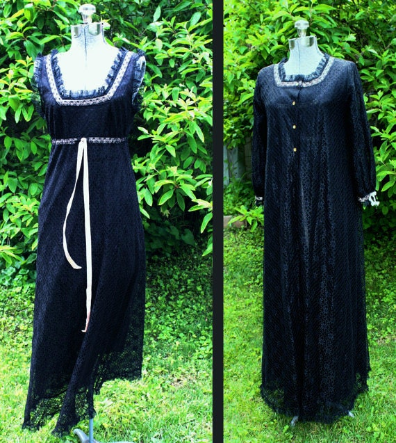 size xs peignoir Vintage 40s nightgown 1940s black negligee