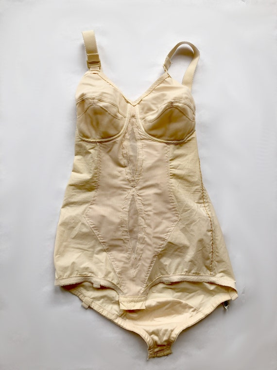 RESERVED FOR A please do not buy Playtex Girdle 7… - image 8
