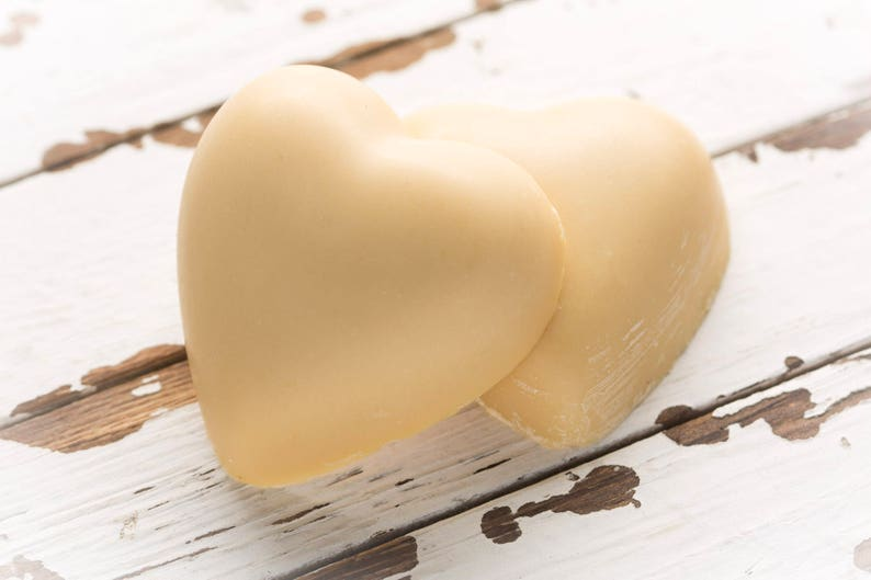 Gretta's Goats organic chunky heart goat milk soap. COME CHECK OUT these gorgeous Etsy handmade decor finds for the home!