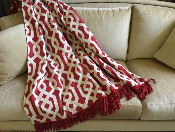 Red White Geometric Throw Blanket, Summer Weight Throws, Contemporary  Design, Custom Bespoke Sofa Throw, Modern Home Decor, Fiber Art OOAK